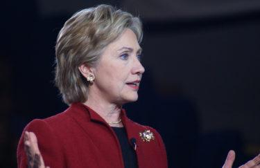 Dress code vodič za političarke u 10 koraka