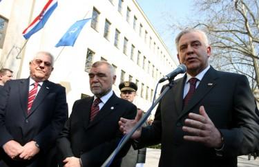 Čedo Prodanović na potezu – taktika za Sanadera