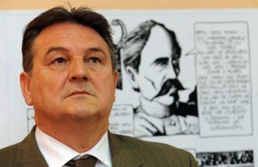 Treba li se Radimir Čačić povući iz politike? Ja kažem zasad ne!