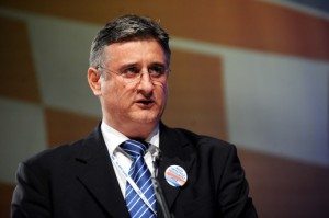 CRO-Demoskop: HDZ i desna koalicija povećavaju prednost ispred SDP-a i lijeve koalicije