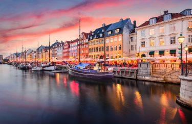 Što kažu Danci – koji su rizici otvaranja pojedinih institucija?